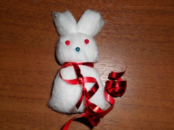 Как сделать зайца из ваты своими руками
